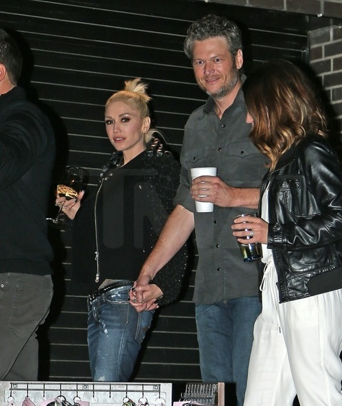 tmz is gwen and blake dating