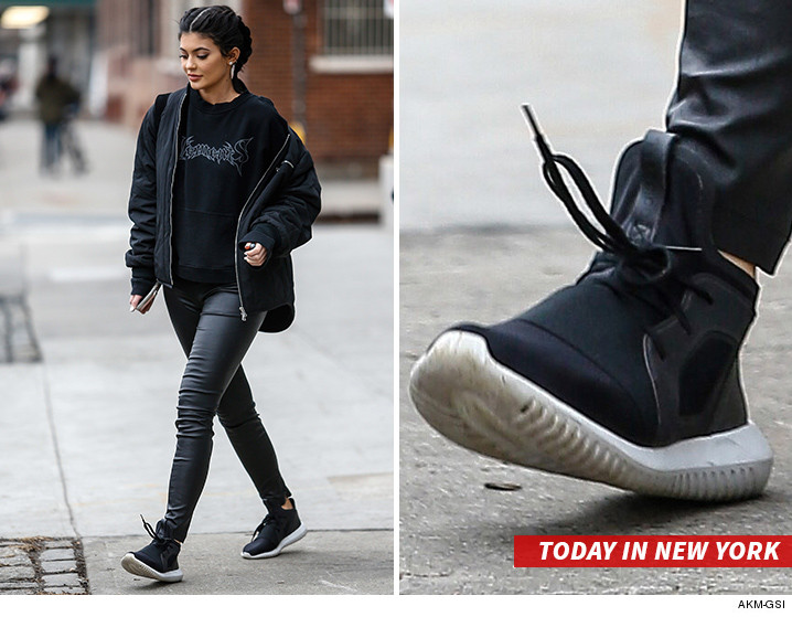 Kylie Adidas Kylie Kylie Chaussure Jenner Chaussure Adidas Jenner Jenner Chaussure YbyIfg6v7
