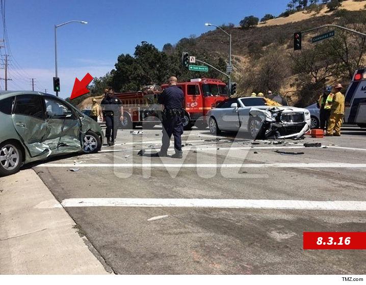 Kris Jenner - Prius Driver     She Made Me Homeless