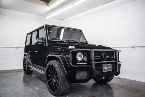 kylie jenner 39 s mercedes g wagon for ale photo 1. Black Bedroom Furniture Sets. Home Design Ideas