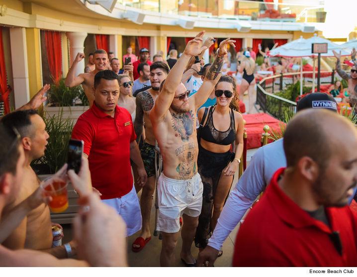 0822 Conor Mcgregor Encore Beach Club 03