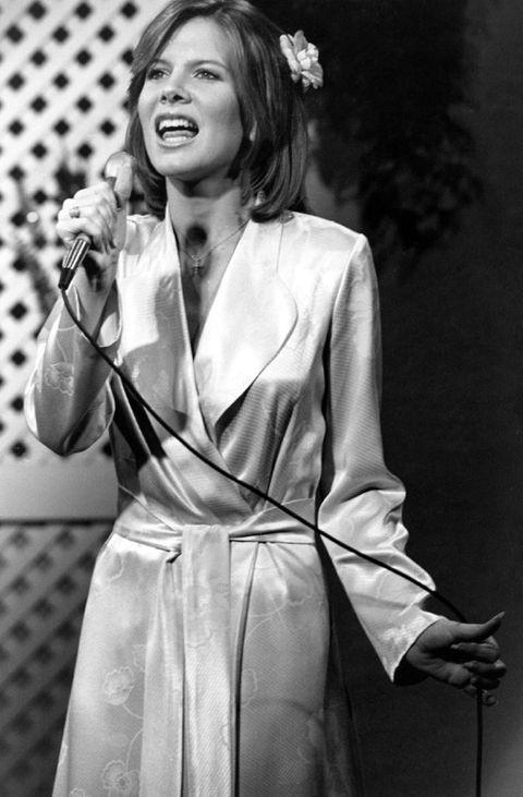 Debbie does dallas 2 1981 - 2 1